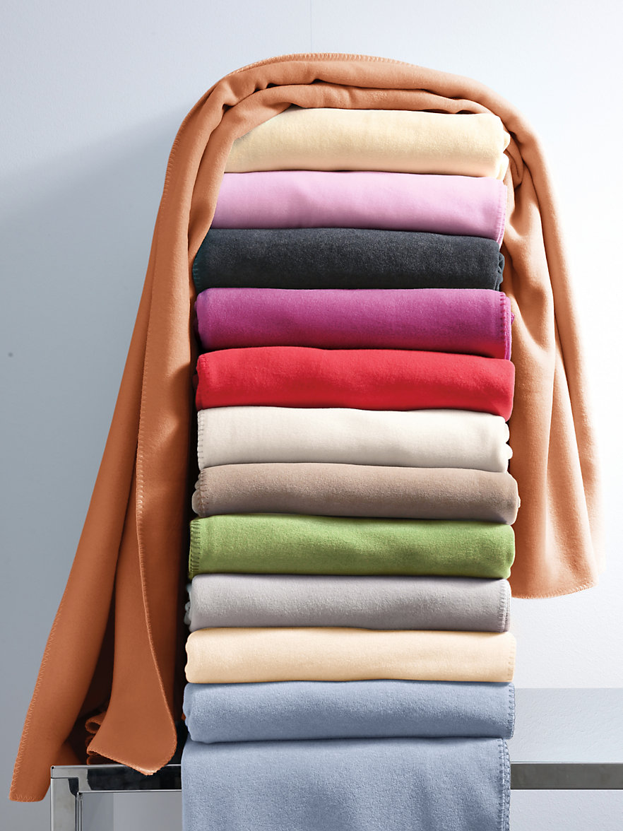 zoeppritz fleece decke ca 160x200cm mango. Black Bedroom Furniture Sets. Home Design Ideas